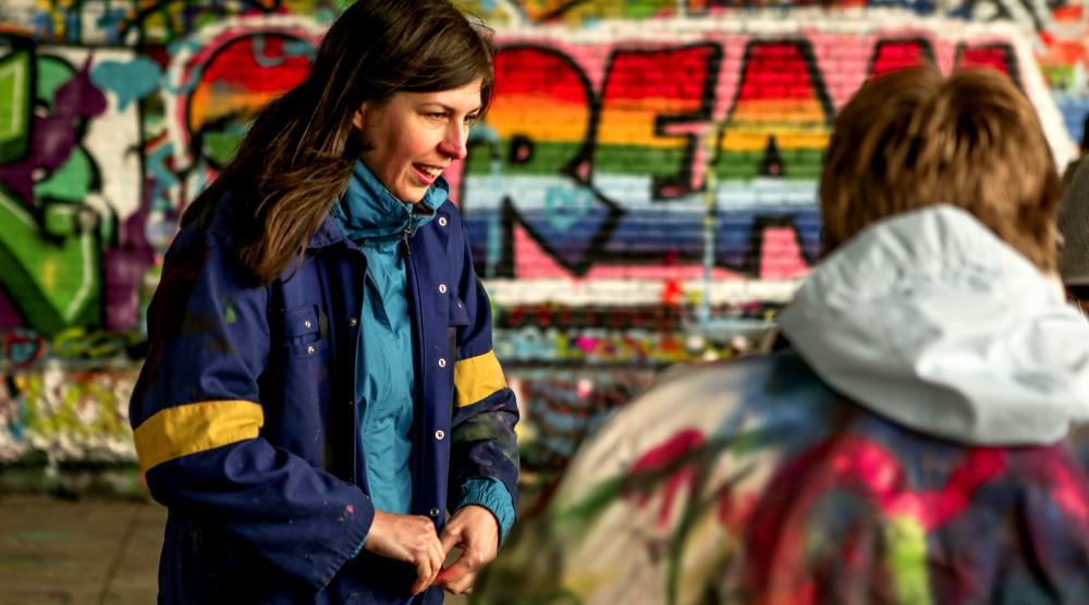 Slide 1: Graffiti Workshop met de hele familie in Antwerpen